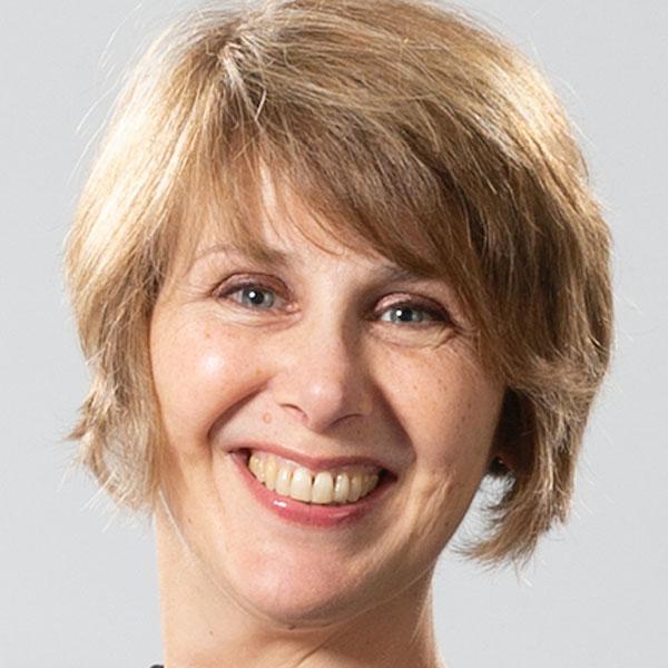 Professor Amanda Salis
